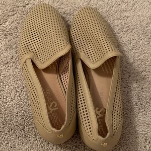 Yosi Samra lightly worn slides 7.5